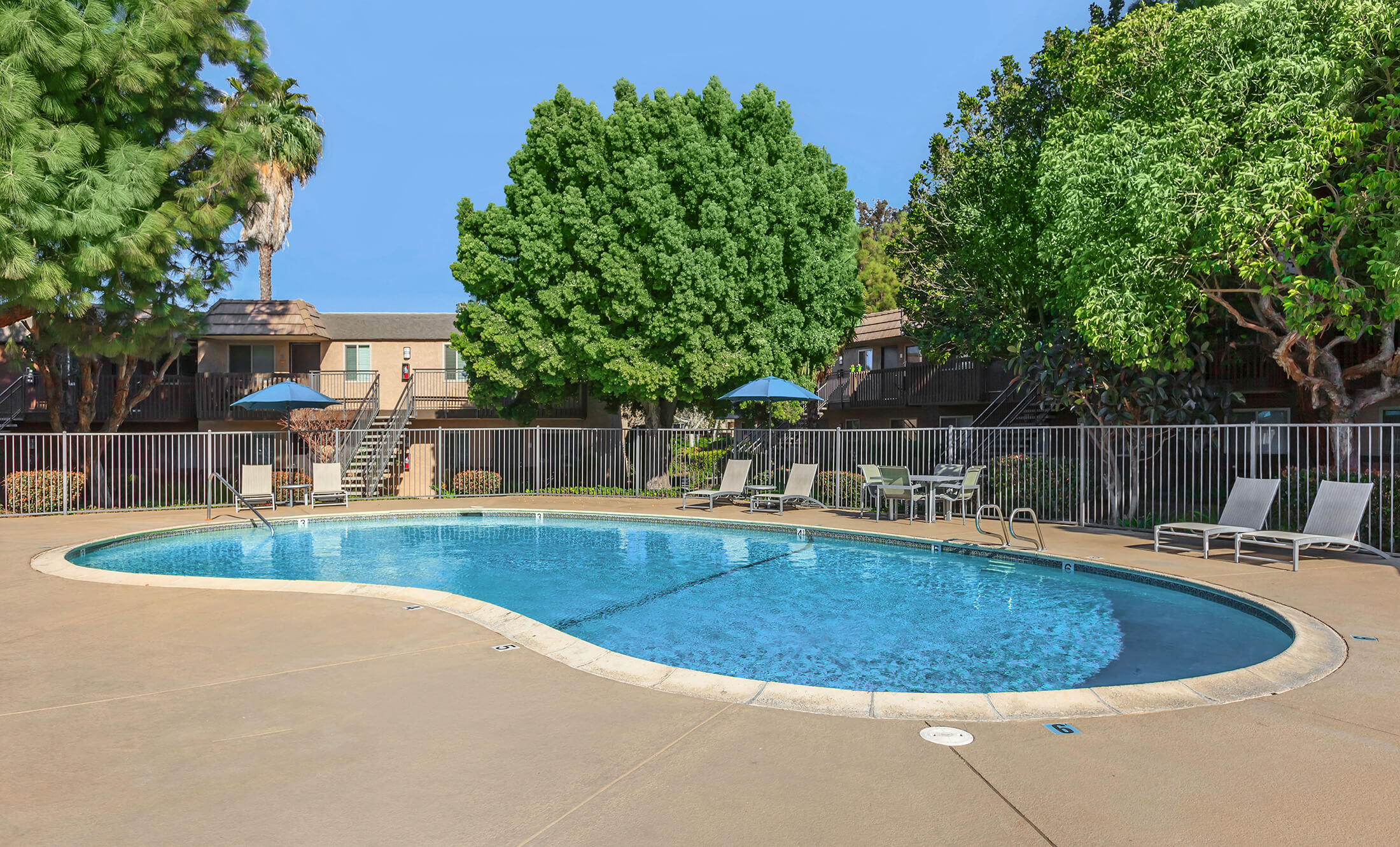 The bluffs at carlsbad apartment homes in carlsbad ca - 1 bedroom apartments in carlsbad ca ...